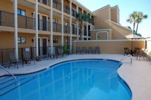 Coral Reef Club in Destin Florida - Vacation Rentals by Panhandle Getaways